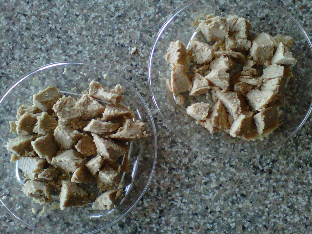 Mâncare gătită pentru câini-ingredient carne fiartă